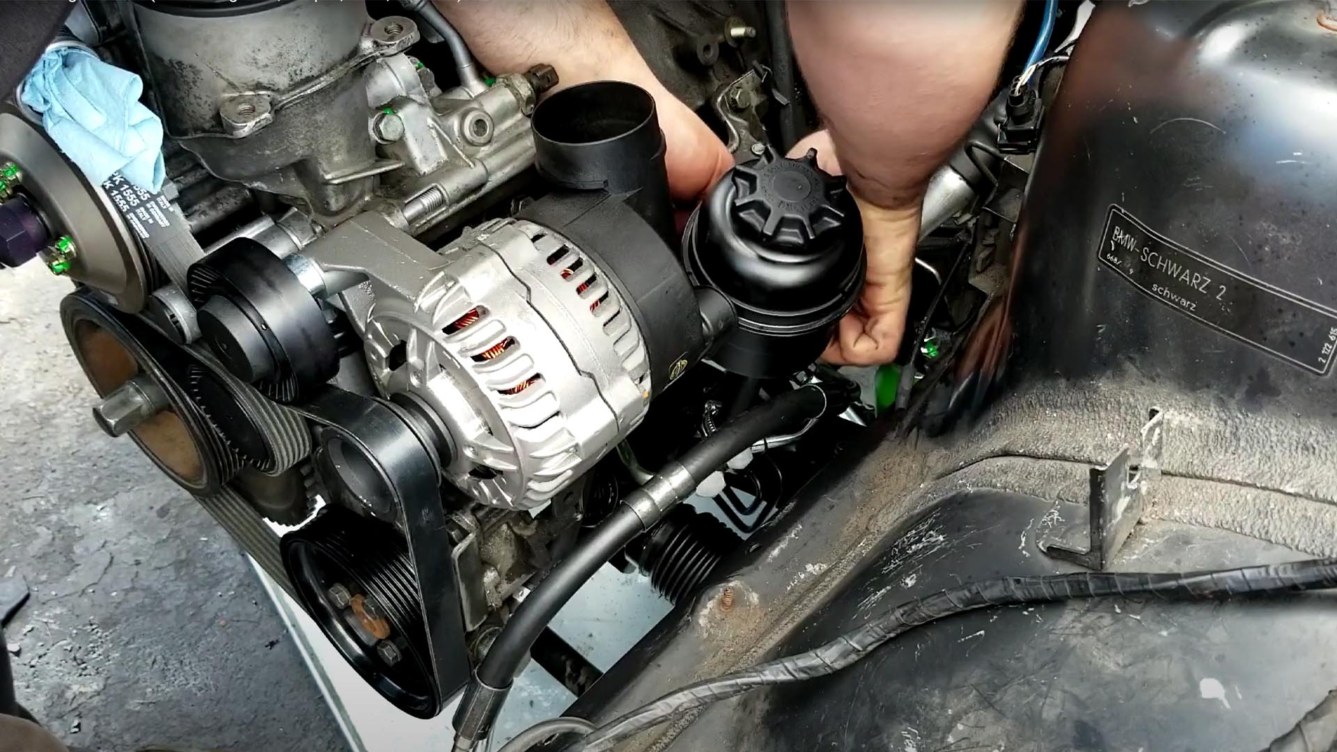 How To Replace A BMW E36 Power Steering Fluid Reservoir & Hose
