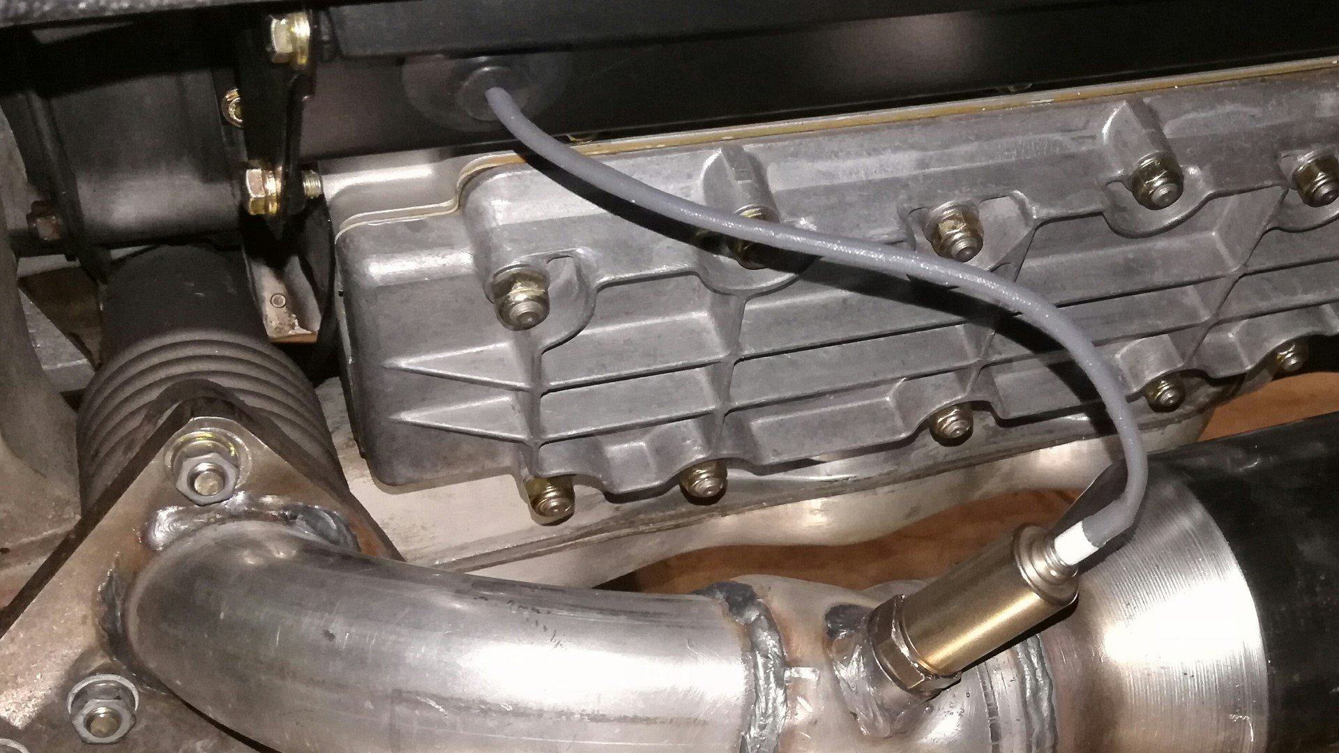How To Replace The Oxygen Sensor On A Classic Air-Cooled Porsche 911
