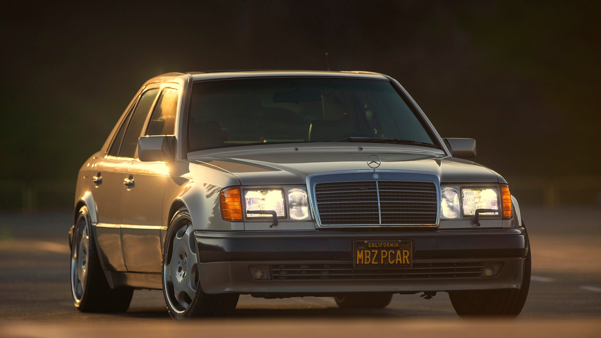 The Benz That Porsche Built - W124 Mercedes-Benz 500E